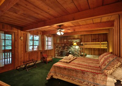 16705 Brown Rd Leavenworth WA-large-017-17-Bedroom 4-1500x1000-72dpi